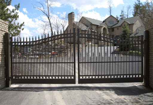 Fence contractor Tucson